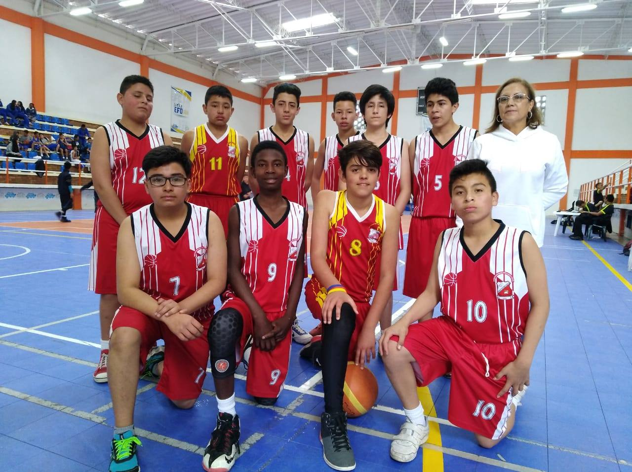 LUARA VICUÑA CAMPEON BALONCESTO SUPERATE